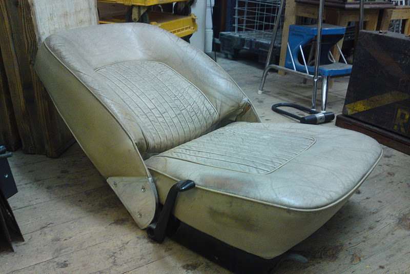 Rover Chair adjustable car seat made famous by Ron Arad. £250.00 & Rover Chair (ron arad) | LONDON FLEA
