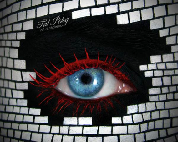 Makeup Art Turns Eyelids into Storybook Scenes Seen On www.coolpicturegallery.us
