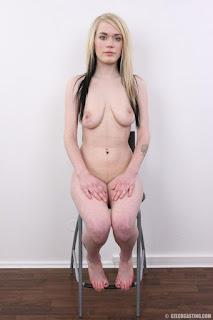 可爱的女孩 - rs-23-798591.jpg