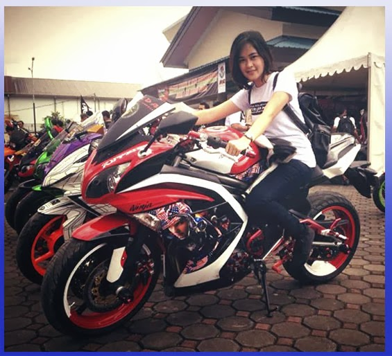 Modifikasi Ninja 250R FI ABS Sporty title=