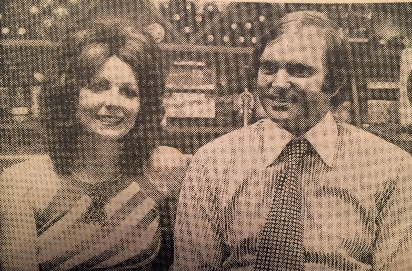 Jackie and her then husband, Keith Thorn, took over the wine bar in  partnership with Ken Lease Constructions.