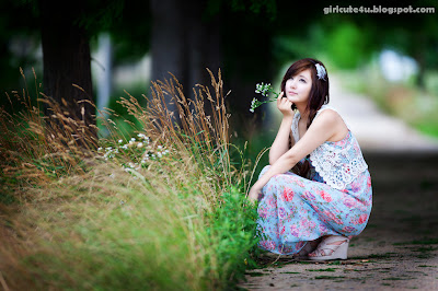 Ryu-Ji-Hye-Flower-Dress-04-very cute asian girl-girlcute4u.blogspot.com