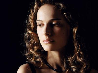 Natalie Portman Photoshoot hair style