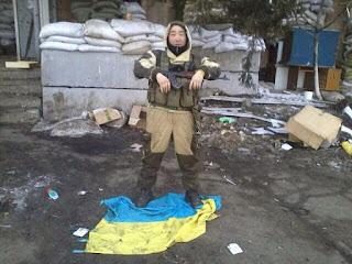 """""""Подходят группы по 10-15 человек. Отрабатывают и уходят. Такое впечатление, что перед отправкой в Сирию тренируются"""", - украинские бойцы в Красногоровке - Цензор.НЕТ 7565"""