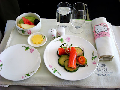 Hello Kitty airplane food