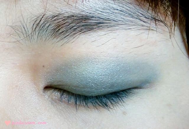 Too Faced Smoky Eye Shadow Collection Review Pinkuroom fashion smoke