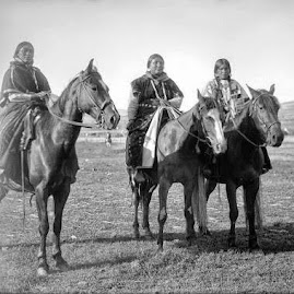 Women Riders, Nez Perce