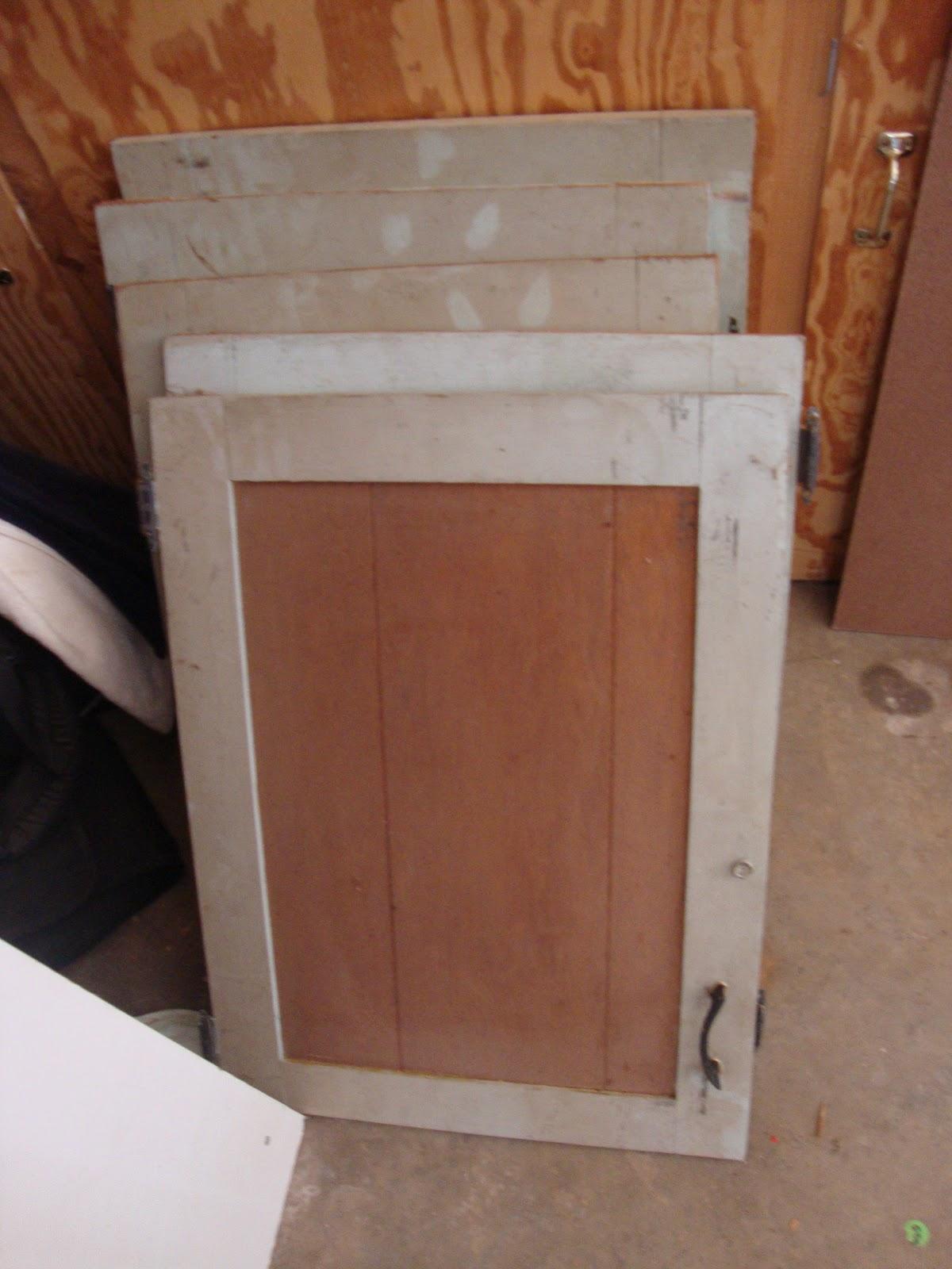 rockin redesigns cabinet door redo