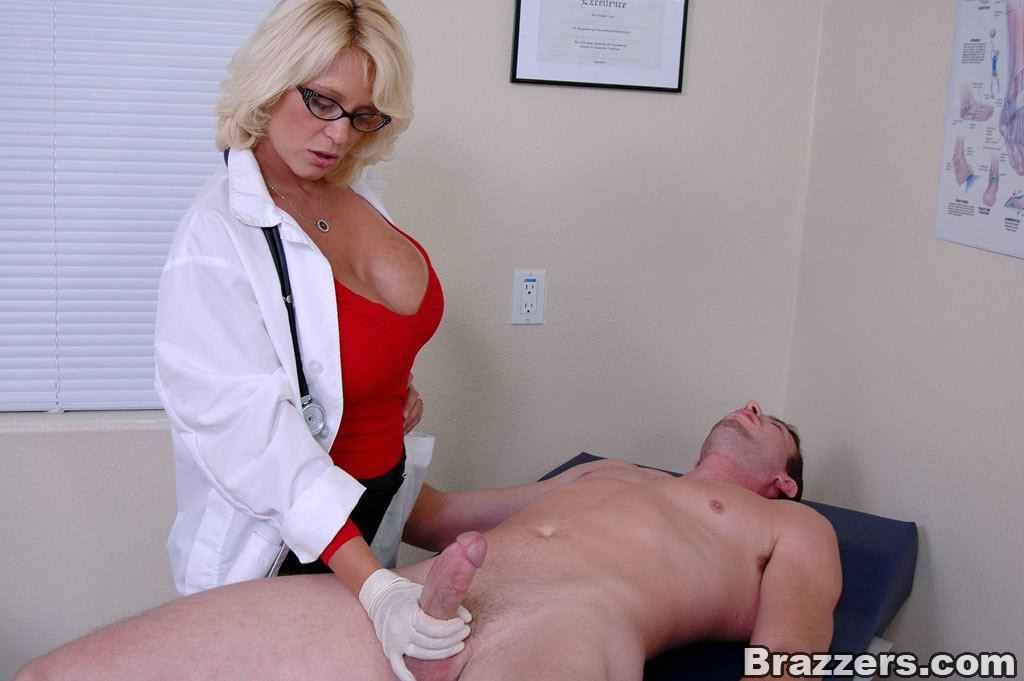 Comfort! doctor fucking hot girl