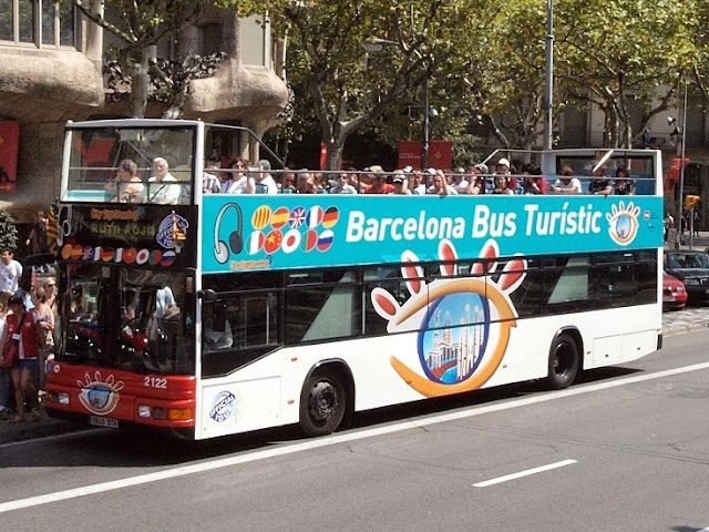 Barcelona Bus Tourists