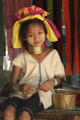 Weird Neck Rings of Thailand's Kayan Women Seen On www.coolpicturegallery.us