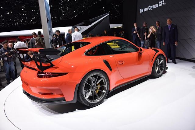 PERFIL LATERAL DEL PORSCHE 911 GT3