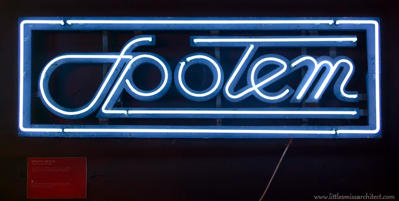communist polish neon design, neon history