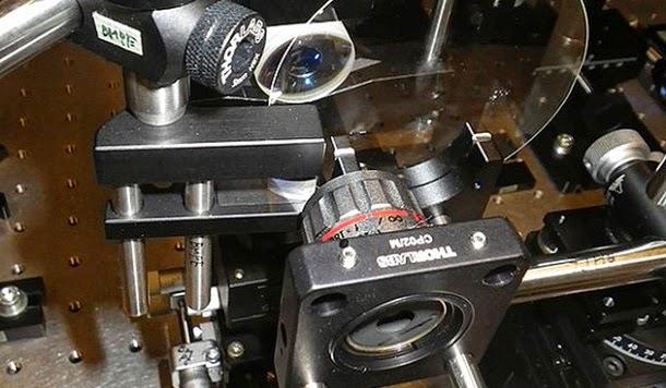 Cientistas desenvolvem câmera que captura 4,4 trilhões de frames por segundo