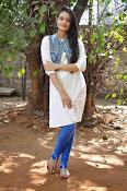 Nikitha Narayan new glam pics-thumbnail-17