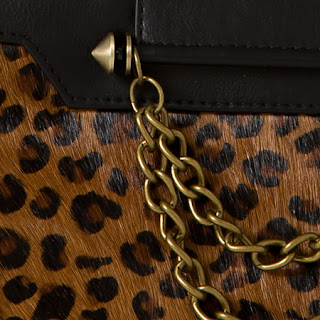 Close up of Miche Classic Lisbon Luxe Shell