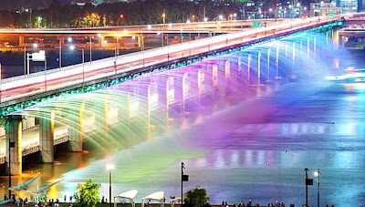 Banpo bridge, south korea