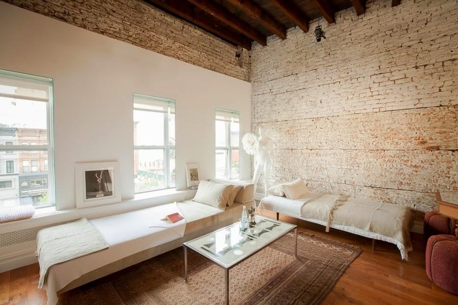 wystrój wnętrz, wnętrza, urządzanie mieszkania, dom, home decor, dekoracje, aranżacje, białe wnętrza, ceglana ściana, styl francuski, shabby chic