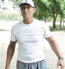 Oscar Matos, más de 60 años vinculado a la pelota en Barahona