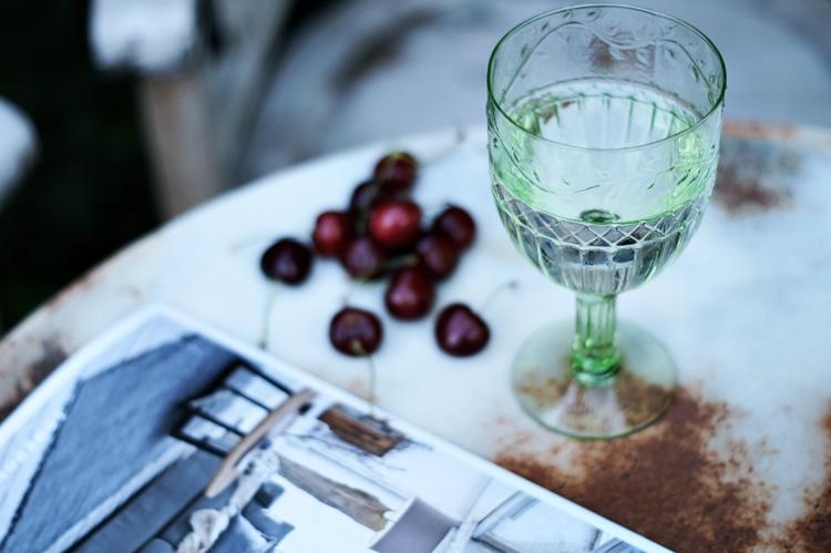 Wasserglas und Sonnenbrille { by it's me! }