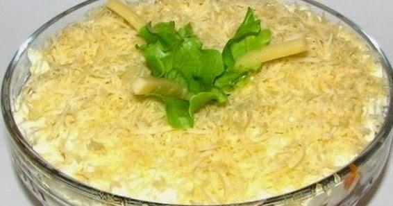 Рецепт салата с грибами и консервой