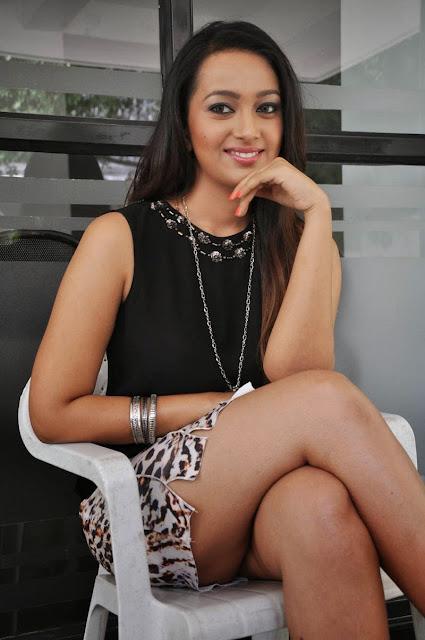 Actress Ester Noronha  Pictures at Jalsarayudu Movie Launch Event 030.jpg