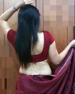 Marathi nude bhabhi stripping saree blouse showing big boobs nangi pics indianudesi.com