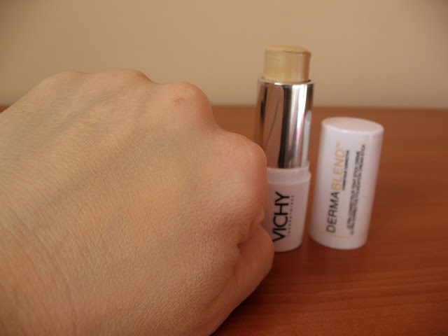 Vichy-Dermablend-Ultra-Corrective-Cream-Stick-review-photos-04