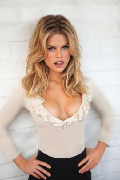 36D Breast Size Photos http://balletbra.blogspot.com/2011/09/alice-eve-bra-size.html