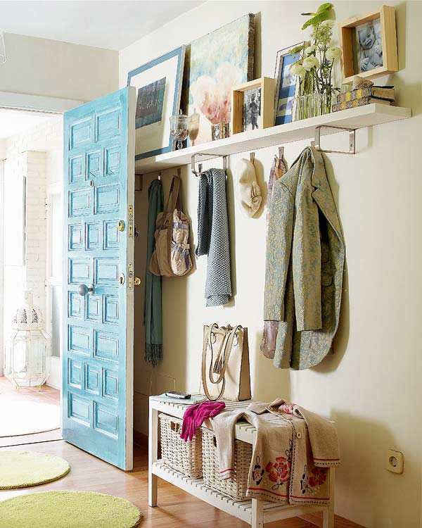 Small Foyer Solutions : Mix and chic casual entryways