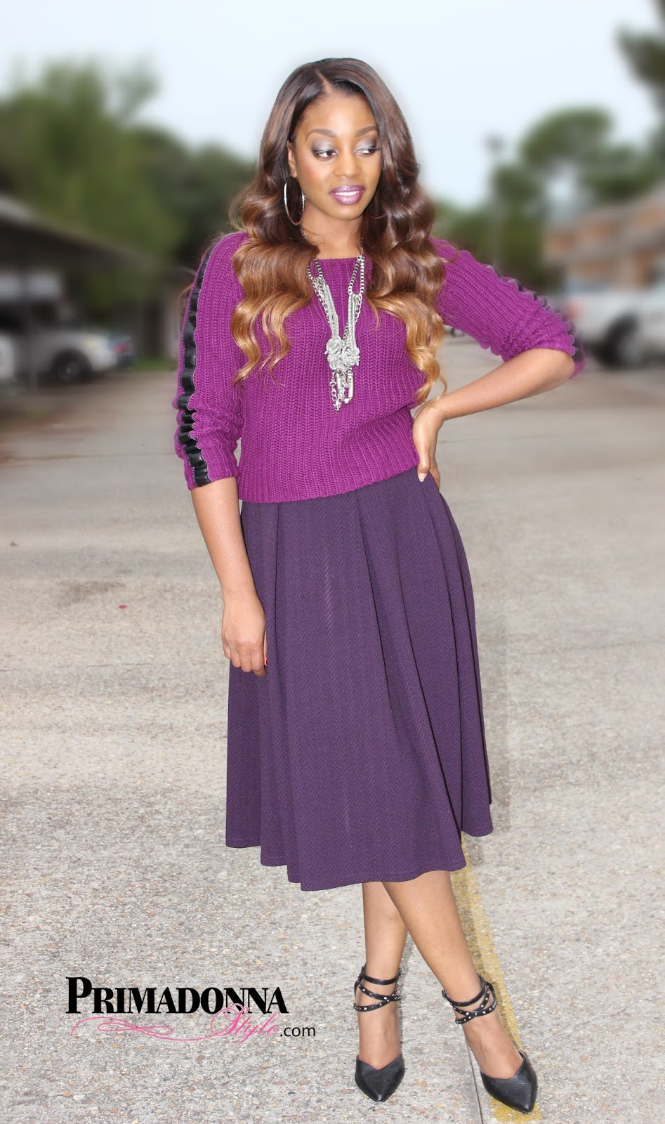 What To Wear With Purple Heels
