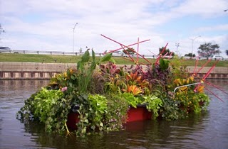 Each August In Lanskrona Sweden Artists Construct Small Floating Gardens For The Garden Guild Contest Similar To Chicago S These