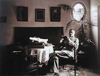 Józef Piłsudski w gabinecie w willi Milusin w Sulejówku
