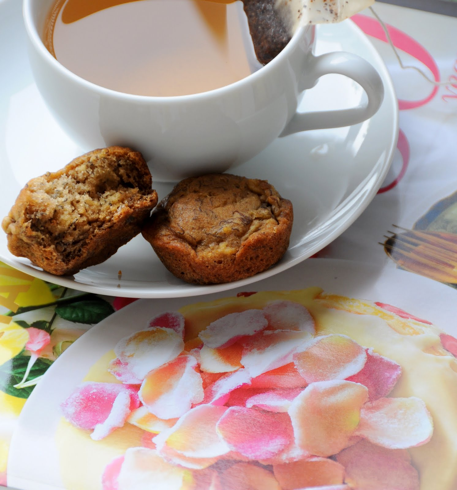... saturday morning {gluten free, sugar free & vegan banana mini muffins