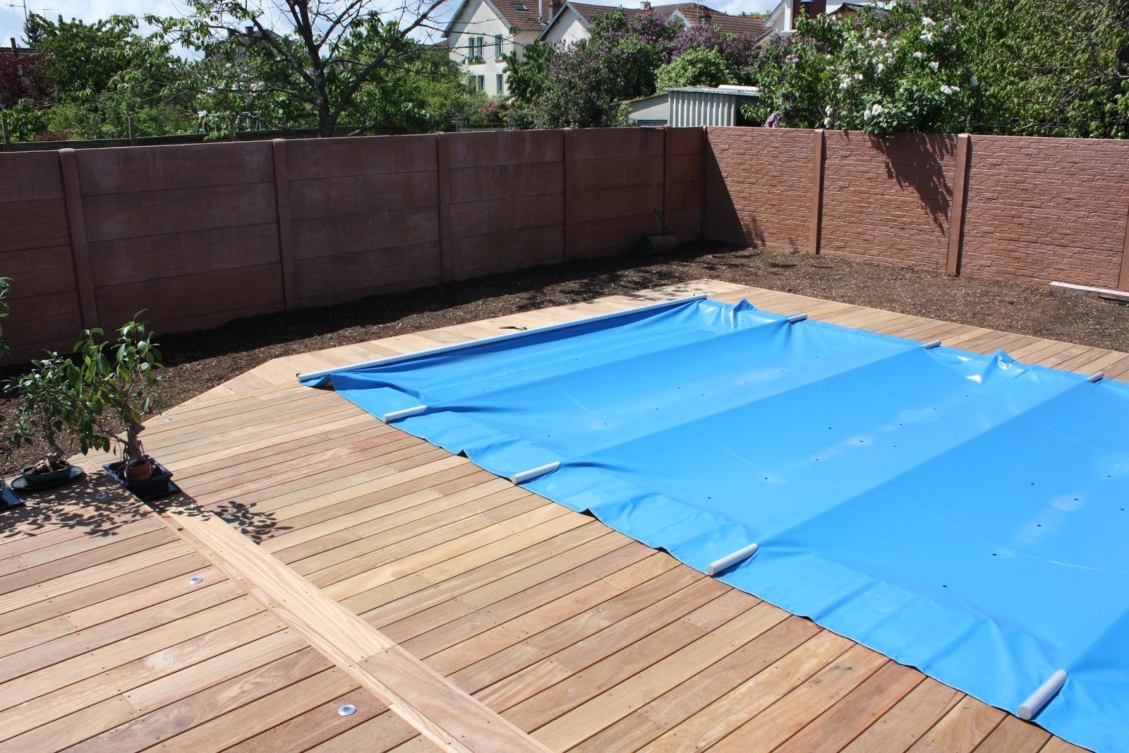 Jardins secrets terrasses bois for Spot piscine bois