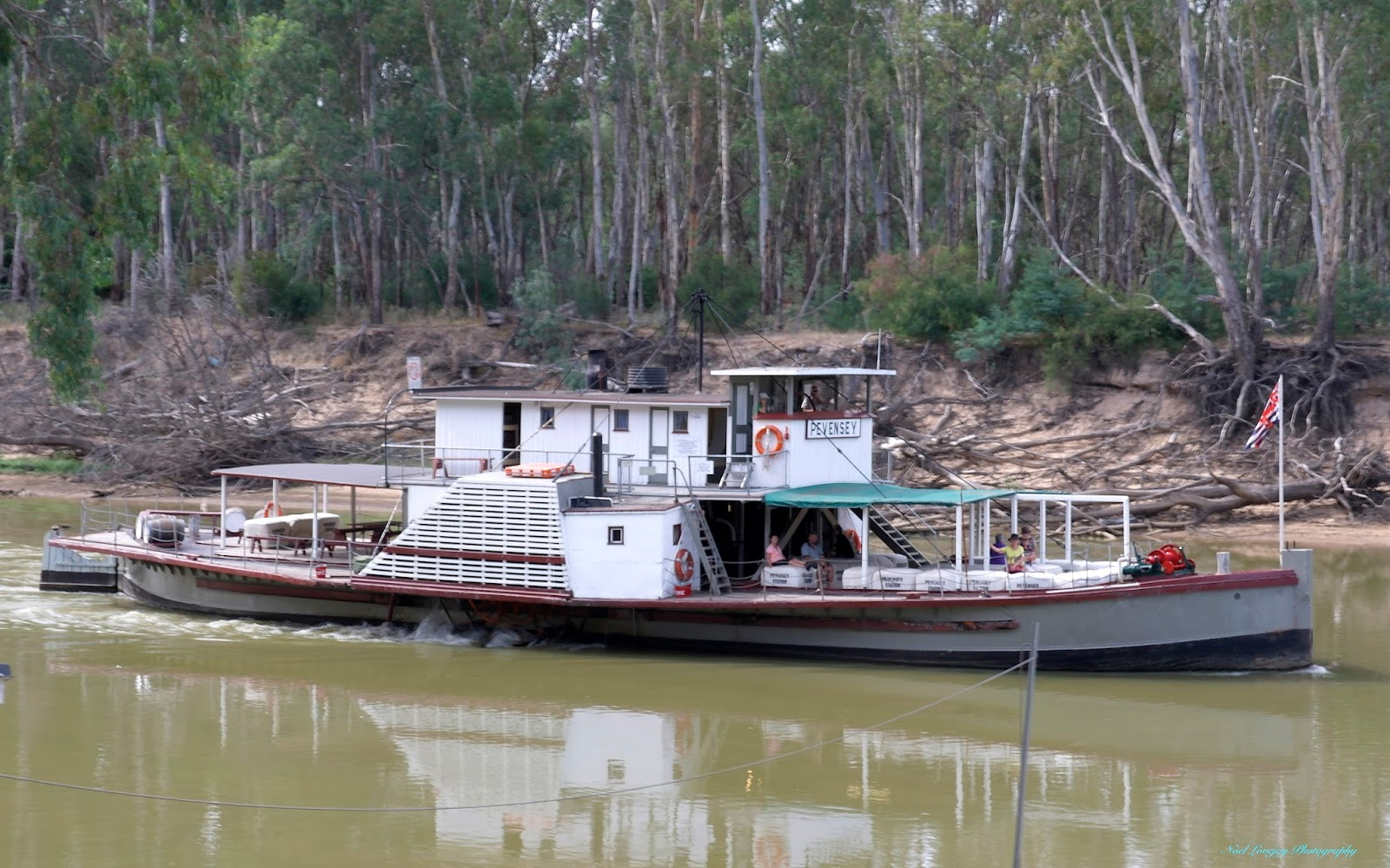 Echuca Australia  city photos : PS Pevensey also travels the waters of The Murray.