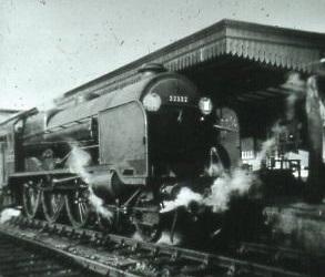 32332 ' Remembrance' at Fareham 1955