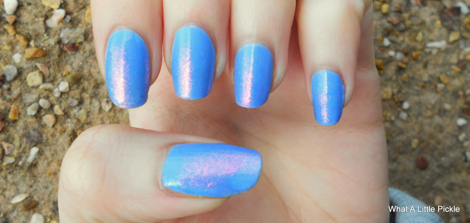 Blue Nails, Nail art