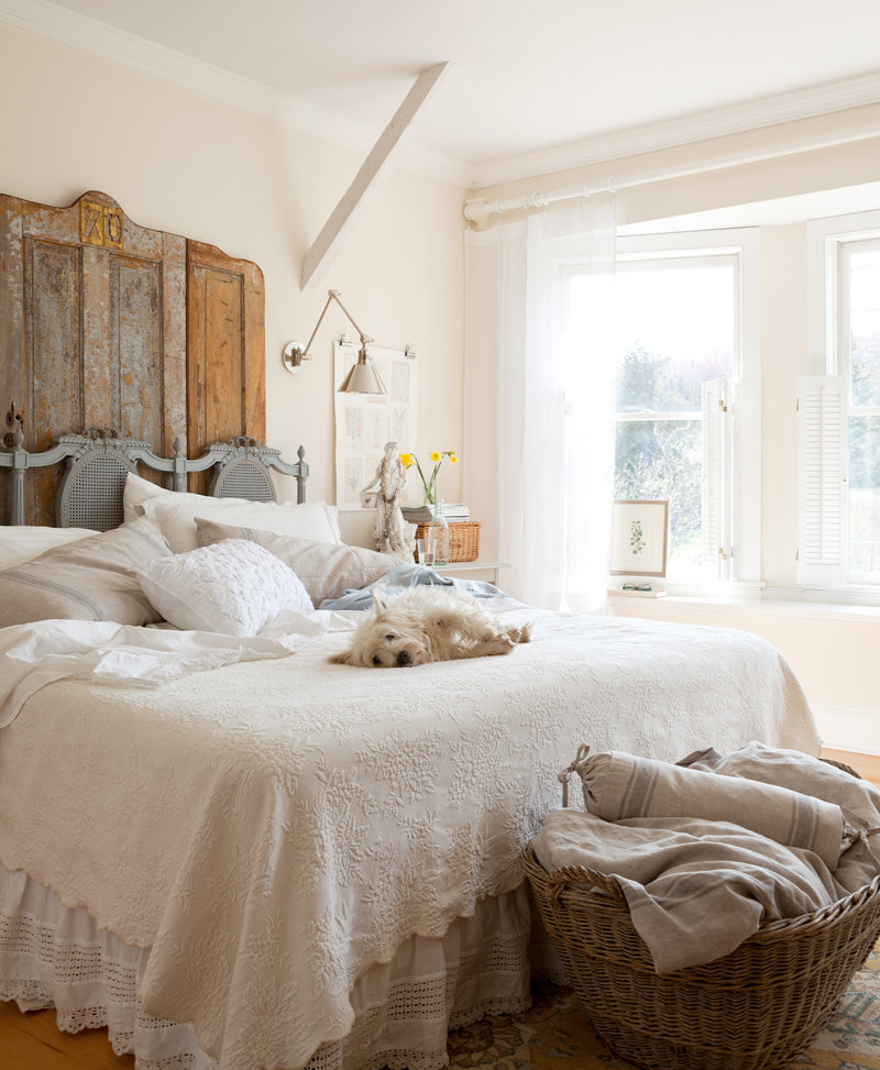 Bedroom sets easy life for Country shabby chic bedroom ideas