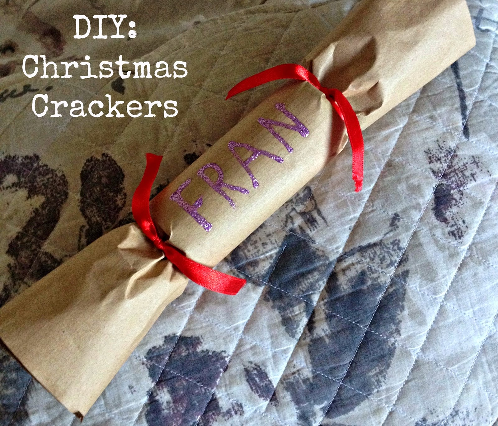 http://emandhanxo.blogspot.co.uk/2014/12/diy-christmas-crackers.html