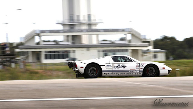 Mobil-Ford-GT-Guinness-World-Record_6