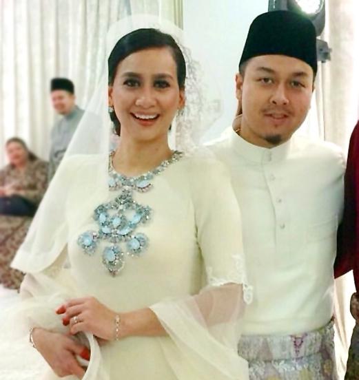 Gambar Perkahwinan Marsha