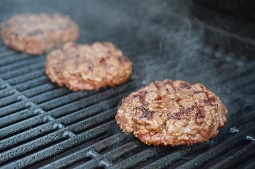 grilled burger, char-broil