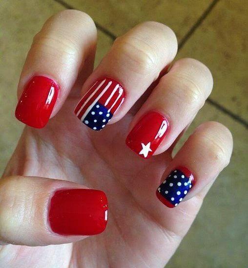 July 4 Nails
