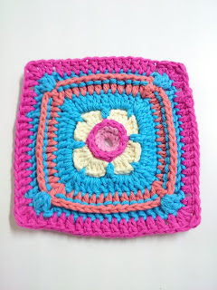Crochet potholder1