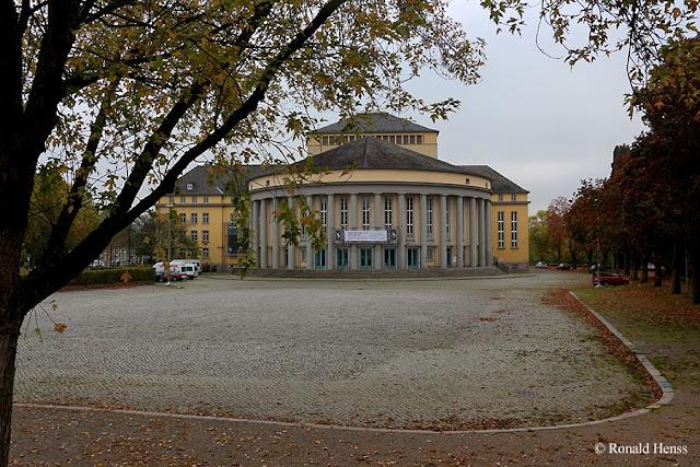 Saarbrücken Staatstheater Herbst