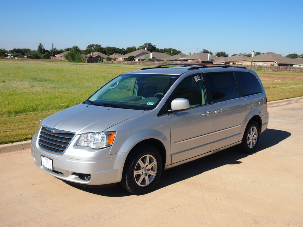 used 2009 chrysler town country van bright silver 41 979 miles texas. Cars Review. Best American Auto & Cars Review