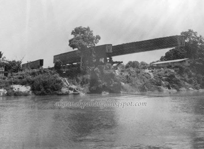 Gambar Pembinaan Jambatan Sultan Ahmad Shah Temerloh Pahang