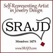 Self-Representing Artist in Jewelry Design