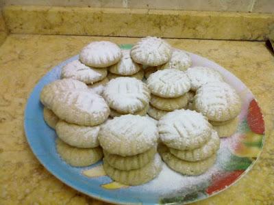 طريقة عمل كعك العيد الناعم